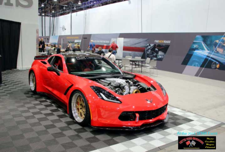 MOBIL-1 display had a red-hot C7 Chevrolet Corvette built by Retro Designs