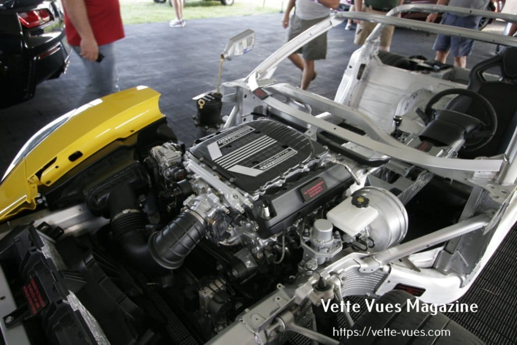 2015 Corvette Z06 Cutaway & Horsepower