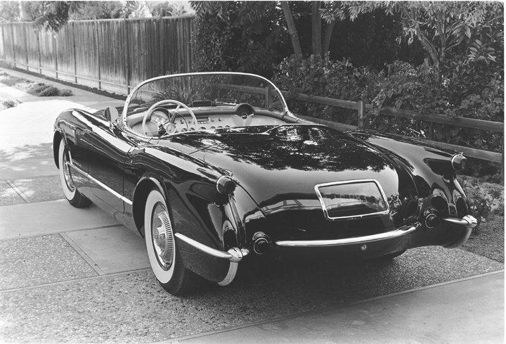 1954 Chevrolet Corvette © General Motors