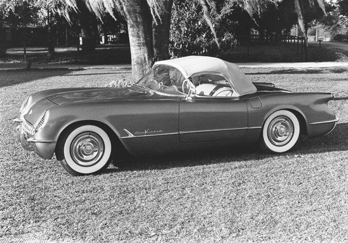 1955 Chevrolet Corvette © General Motors