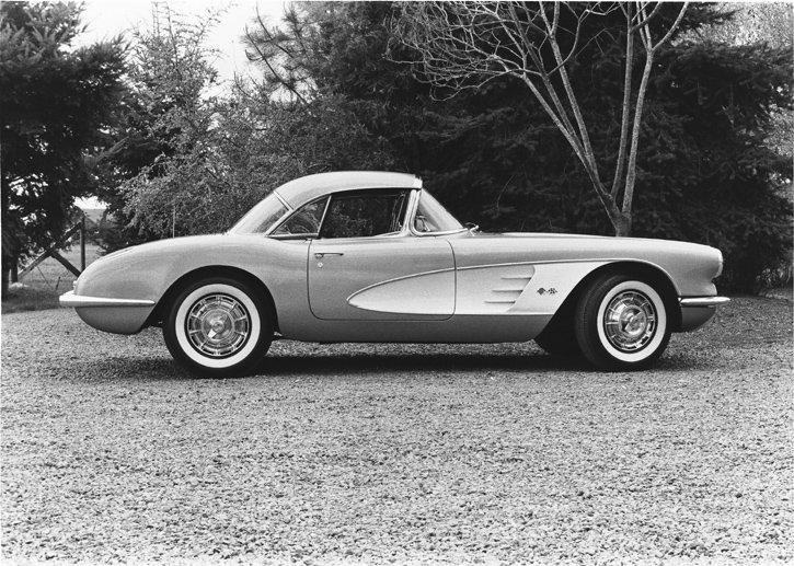 1959 Chevrolet Corvette © General Motors