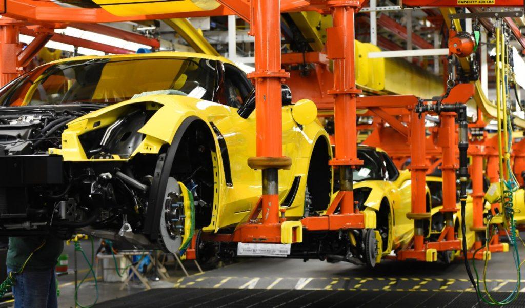 vette vues magazine info on corvette assembly plant tour. Black Bedroom Furniture Sets. Home Design Ideas