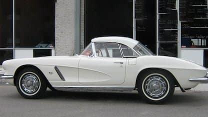 Four Corvettes in Top Ten Sales at Kansas City Auction