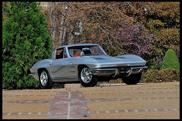 1963 ZO6 Corvette
