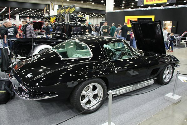 Jim Depew, from Highland (MI), showed off his 1967 black Corvette with white stinger and white interior….a rare order to be sure. This 427 tri-power with side pipes and Cragar mags is reflective of every boy's dream in those days.