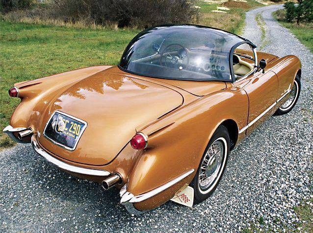 1955 Corvette has a bubble top designed by William Chaffee of Model Builders Chicago only 15 Built