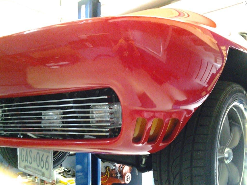 Fixed Headlights in 1965 Maco Replica Corvette