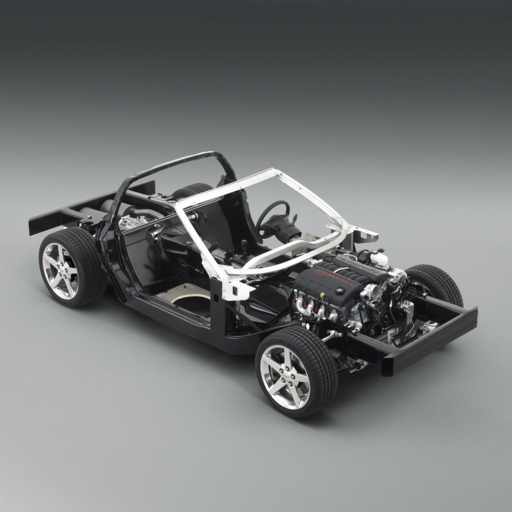 C5 (1997-2004) and C6 (2005-2013) Corvettes are based on unitized chassis featuring hydroformed side rails a rear transaxle, which mounts the transmission directly in front of the rear axle for greater weight balance.