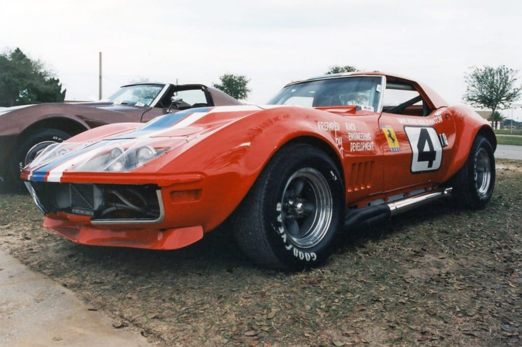 Another shot of the No 4 RED Dave Heinz race car.