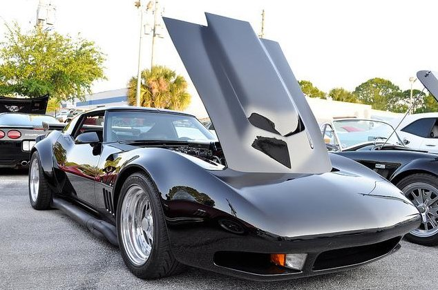 Wings and Flares on the C3 Corvette