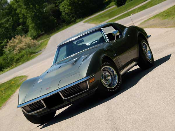 1971 was the last year for fiber-optic warning lights, first introduced on the 1968 Corvette. 1971 Corvette Stingray Coupe owned by Wilton Levers Photo Copyrighted by Clive Branson