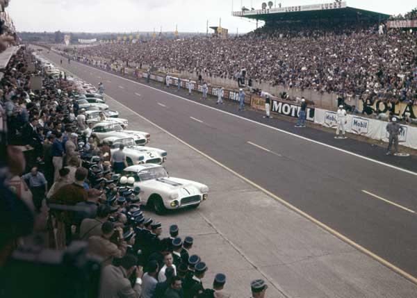 Le Mans Corvettes 1960