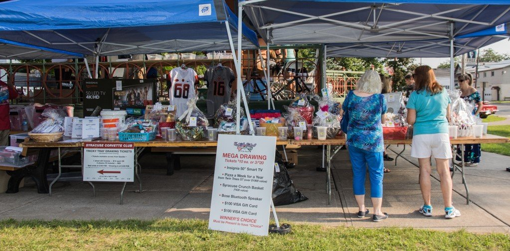 The Vettes at the Beach All Corvette charity car show features Music, 50/50s All Day, Door Prizes, Dash Plaques (For First 150 Pre-Registrations) and vendors.