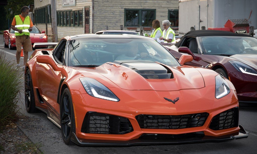 Another sharp Corvette!